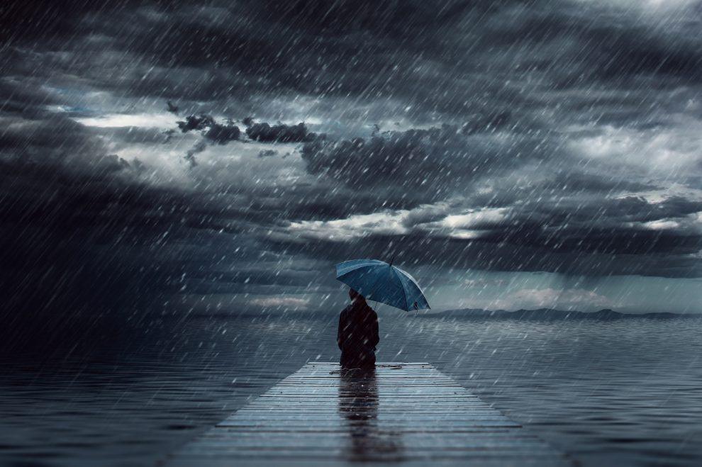 """Durante a tempestade encontre seu abrigo interior, a sua paz interior…"""""""